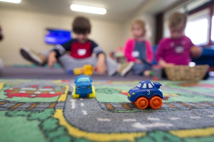Czym się kierować przy wyborze odpowiednich kapci dla dzieci do przedszkola?