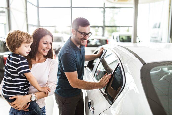 Czy warto kupić samochód podemonstracyjny?