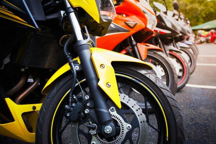Jak działają sieciowe wypożyczalnie motocykli?